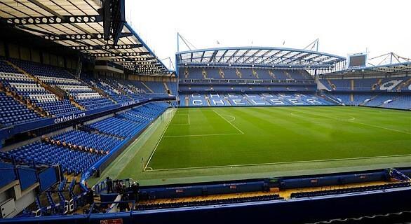 Captains Bar Chelsea fodboldbilletter udsyn fra pladserne. God lounge og godt udsyn til Chelsea spillerne
