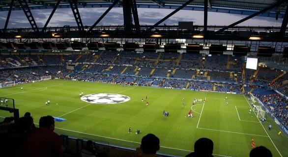 Tea Bar Chelsea fodboldbilletter udsyn til banen fra fanstastiske pladser på langsen