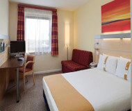 Newbury park hotel dobbeltseng er god at sove. Chelsea fodboldbilletter