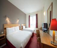 Jurys inn hotel Liverpool har nogle gode senge til at sove i på liverpool fodboldrejser