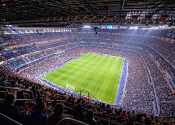 Vores Real Madrid fodboldbilletter i ring 3 kortside. Billig Real Madrid Fodboldrejse