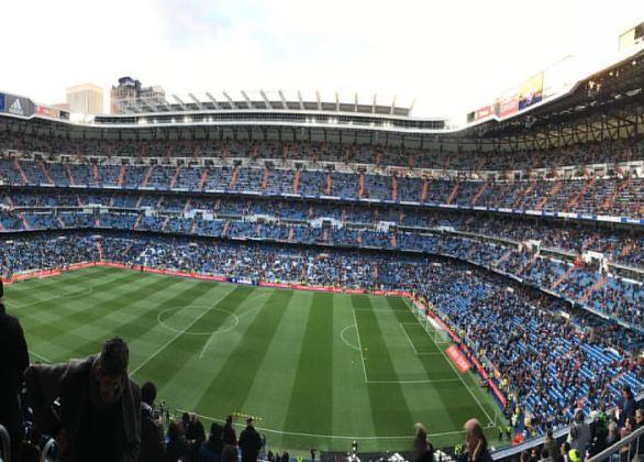 Fodboldoplevelse på Bernabeu på langside billetter Real Madrid